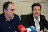 José Antonio Valverde y Trini Cayuela dan cuenta de los acuerdos adoptados en junta de Gobierno