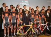 El equipo ciclista Caisse d'Epargne se presentó en París