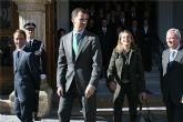 Los Príncipes de Asturias, acompañados por el presidente Valcárcel, reciben el cariño de los yeclanos en su primera visita al municipio