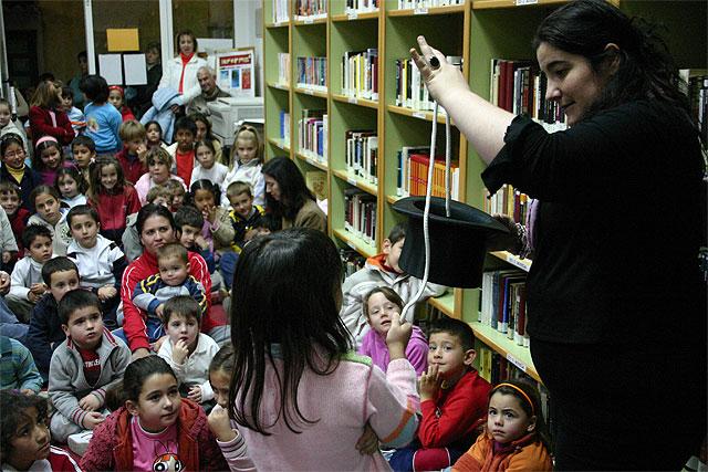 'Arturo y Clementina' promueven la igualdad entre los niños y niñas, Foto 1