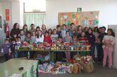 """Los alumnos del colegio """"Guadalentín"""" de El Paretón llevan a cabo una campaña de recogida de alimentos"""