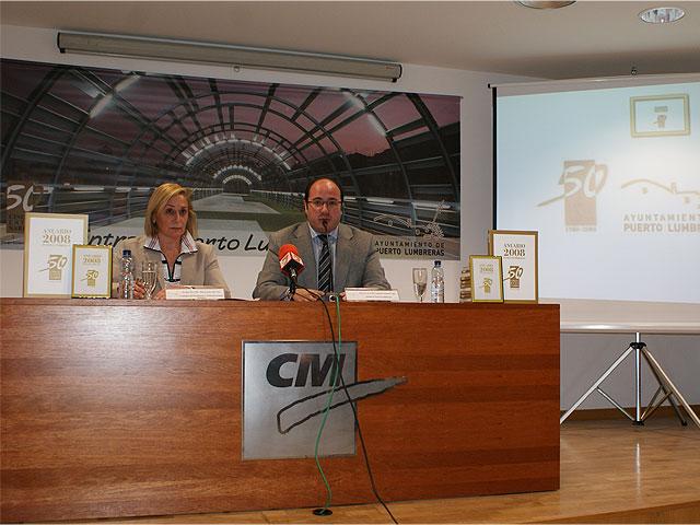 El Ayuntamiento de Puerto Lumbreras presenta el Anuario 2008 en un acto presidido por la consejera de Presidencia María Pedro Reverte - 1, Foto 1