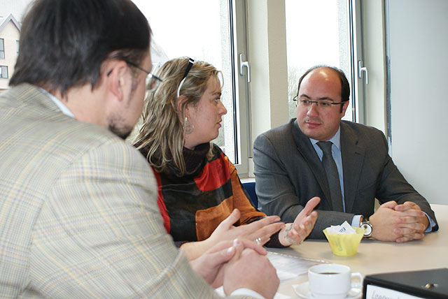 Pedro Antonio Sánchez planifica la aplicación del Proyecto Leonardo en Puerto Lumbreras a través de una reunión con Pavol Krempasky en Bruselas - 2, Foto 2