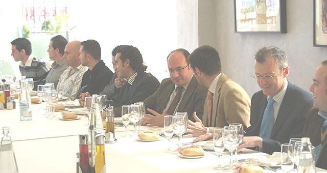 El Alcalde de Puerto Lumbreras se reúne con los Jóvenes Empresarios para analizar las iniciativas que favorecen el desarrollo empresarial - 2, Foto 2