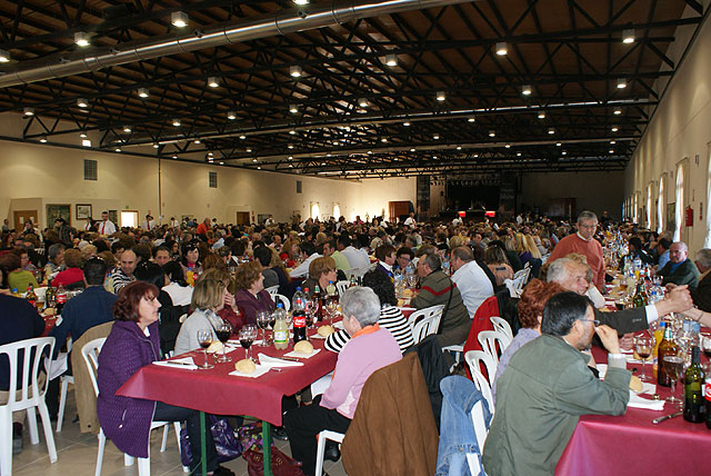 Más de 1.000 asistentes en el I Encuentro regional de personas sin pareja celebrado en Puerto Lumbreras - 2, Foto 2