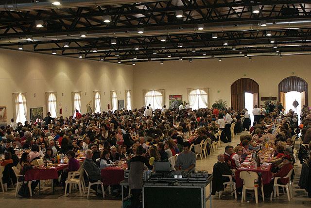 Más de 1.000 asistentes en el I Encuentro regional de personas sin pareja celebrado en Puerto Lumbreras - 4, Foto 4