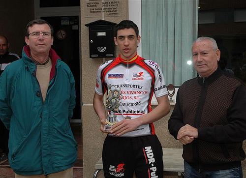 Michel Espinosa, primero en la categoría junior de la carrera ciclista Interclub, Foto 1