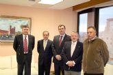 La Junta de Hermandades Pasionarias de Alcantarilla, junto con el alcalde, visitan al Consejero de obras Públicas de la Región y este año pregonero de la Semana Santa