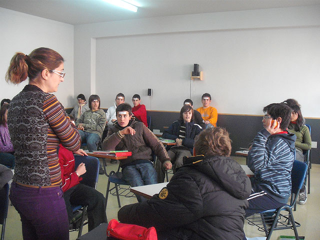 More than 400 students participate in intercultural education workshops