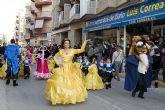 Más de dos mil personas desfilan en el carnaval de Mazarrón