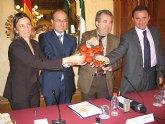 Cerdá participa en una cumbre de comunidades productoras de tomate para adoptar un posicionamiento común en defensa del sector