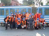 Los usuarios y profesionales del Servicio Municipal de Apoyo Psicosocial visitan el Centro de Tratamiento de Residuos de la pedanía murciana de Cañada Hermosa