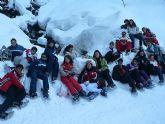 Los j�venes mazarroneros aprenden franc�s y disfrutan del esqu� en Villard Bonnot