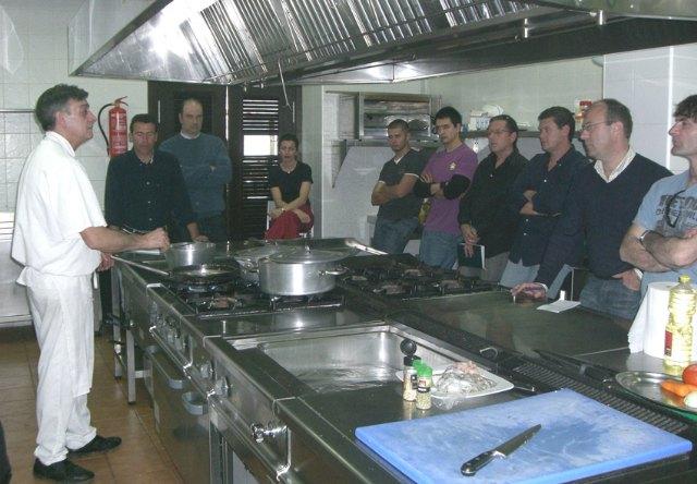 Puerto Lumbreras organiza un Curso de Cocina para hombres - 1, Foto 1