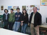 Los alumnos de Bachillerato Internacional, del IES Juan de la Cierva, destacan en las Olimpiadas de Física y de Química.