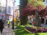 El ayuntamiento pone a punto las principales calles y plazas del casco urbano
