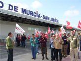 Protesta en contra de la privatización de la gestión de AENA en los aeropuertos