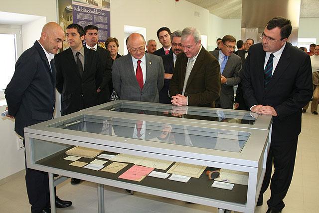 Valcárcel inaugura la nueva sede de la Biblioteca Municipal de Cieza en el remodelado Convento de San Joaquín y San Pascual - 2, Foto 2