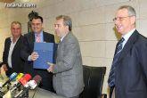 El consejero de Agricultura y el alcalde de Totana presentan el proyecto de instalación del sistema de tratamiento terciario de la depuradora del municipio