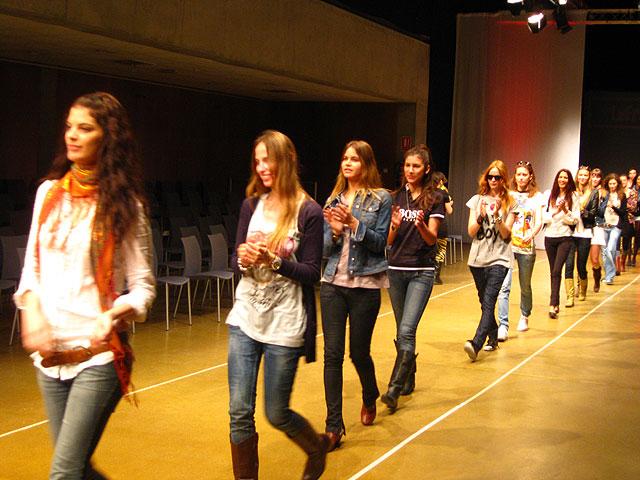 Murcia se convierte en capital de la moda con la celebración de la Pasarela Abierta - 3, Foto 3