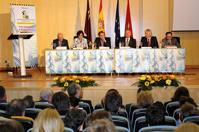 El rector Cobacho y y el consejero Sotoca inauguraron la Olimpiada Científica Europea - 2, Foto 2