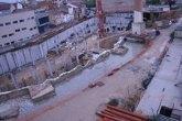 IU+Los Verdes de Molina denuncia el deterioro de la muralla árabe