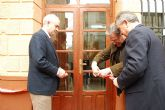 González Tovar inaugura la Oficina del INSS junto al alcalde del Abarán