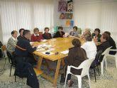 Proteccion Civil de Totana imparte una charla coloquio a las usuarias de la Asociacion de Amas de Casa de las Tres Avemarías