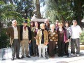 Un grupo de teatro amateur pretende poner en escena obras inéditas de Vicente Medina