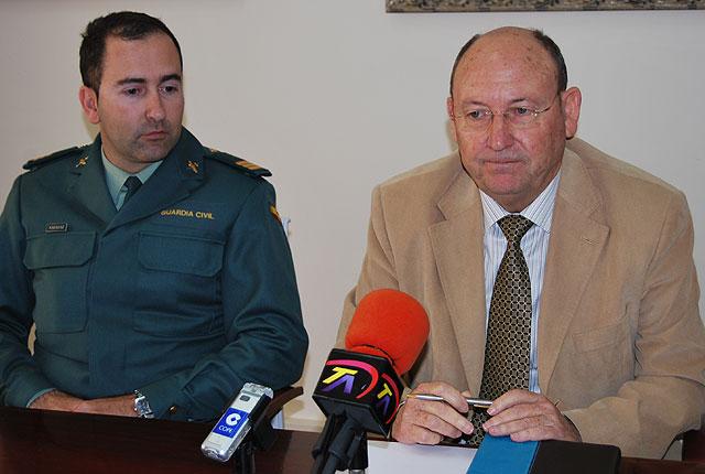 Las fuerzas de seguridad del municipio organizan sus funciones para estas fiestas, Foto 1