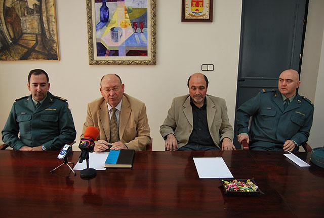Las fuerzas de seguridad del municipio organizan sus funciones para estas fiestas, Foto 2
