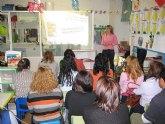 """Imparten una charla de h�bitos saludables a los padres de los niños de la escuela infantil """"Clara Campoamor"""""""