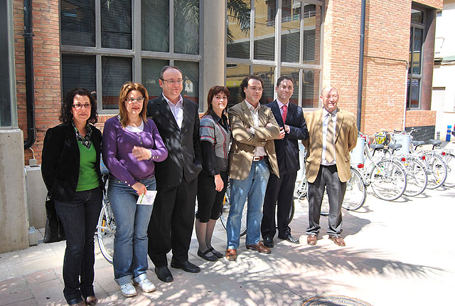 Los vecinos podrán inscribirse en BiciAlhama a partir del próximo 21 de abril, servicio que comenzará a poder utilizarse a partir del 4 de mayo, Foto 3