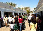 Más de 20.000 personas pasaron por la Feria Outlet de Santiago de la Ribera durante los 4 días del puente de Semana Santa