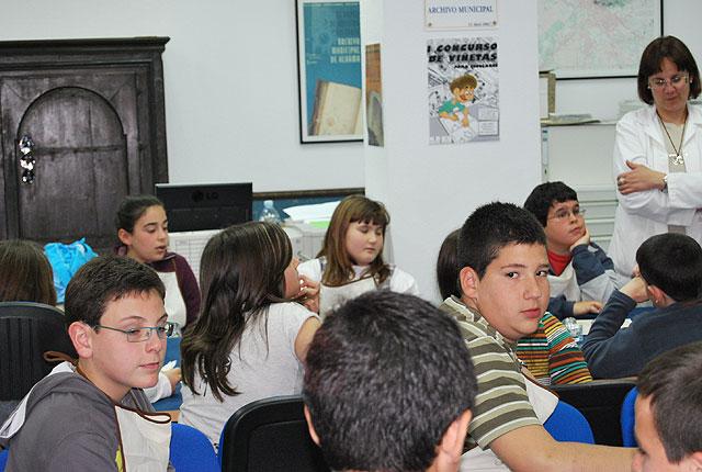 El Archivo Municipal acoge un Taller de escritura para niños y niñas de la localidad, Foto 2