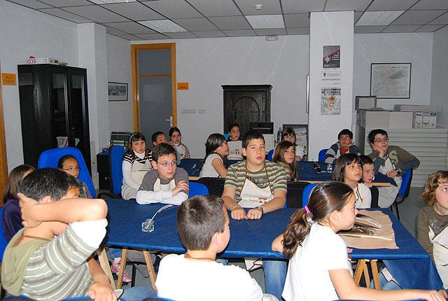 El Archivo Municipal acoge un Taller de escritura para niños y niñas de la localidad, Foto 4
