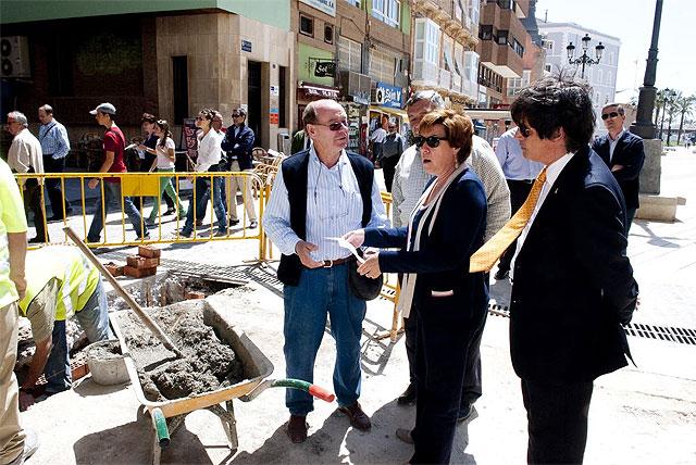 La alcaldesa supervisa las obras de la calle Mayor - 1, Foto 1