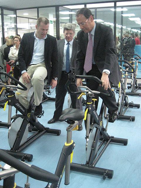 El Alcalde inaugura en Juan Carlos I la nueva ciudad de los negocios y del deporte - 3, Foto 3