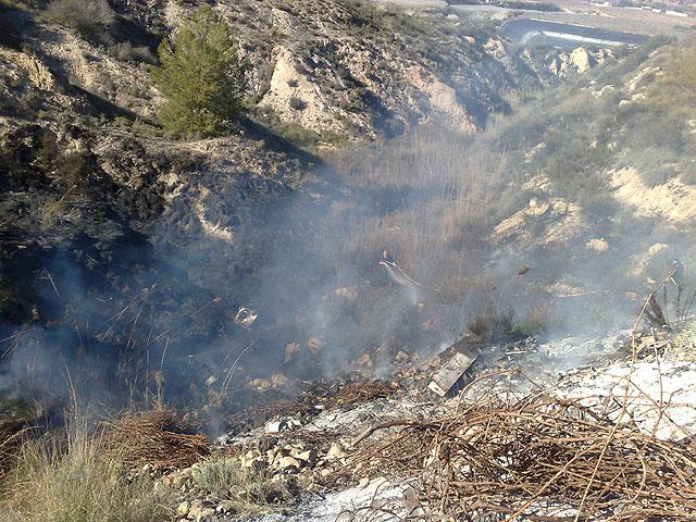 A partir de mañana no se podrá hacer ningún tipo de fuego en las barbacoas de Sierra Espuña - 1, Foto 1