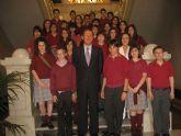 Alumnos del Colegio San Buenaventura son recibidos por el Alcalde en el Ayuntamiento