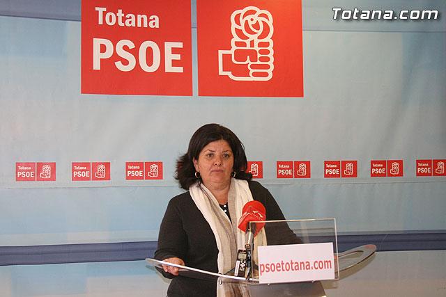 El PSOE de Totana asegura que el Gobierno socialista restablece el fondo de inmigraci�n, Foto 1