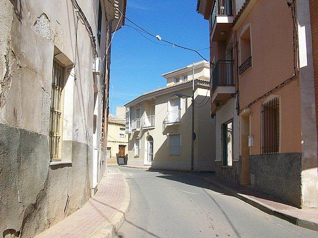Conceden al ayuntamiento una subvención por importe de 521.000 euros para los siete proyectos de regeneración de calles, sustitución de aceras y servicios generales, Foto 1