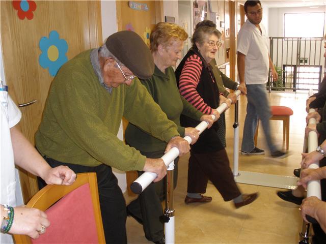 Los usuarios del SEDA disfrutan de las nuevas actividades de fisioterapia y rehabilitación, Foto 2