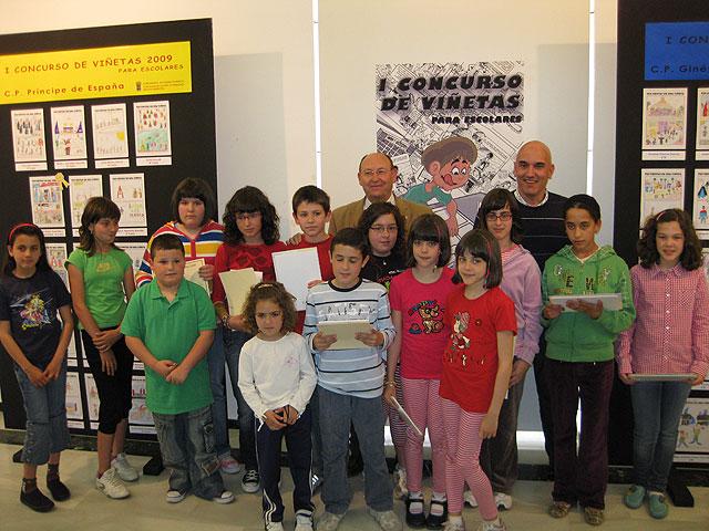 La Sala de Exposiciones del Centro Cultural Plaza Vieja acoge el I Concurso de Viñetas para escolares, Foto 1