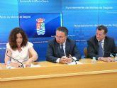 La asociación DISMO de Molina de Segura y la Obra Social de Caja Madrid firman un convenio para el apoyo escolar a alumnos con discapacidad