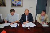 El Ayuntamiento entrega a la Junta de Cofrad�as 48.000 euros para sufragar los gastos de la Semana Santa