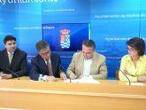 El Ayuntamiento de Molina de Segura firma un convenio con la Fundación Cajamurcia que permitirá mejorar el acceso de las asociaciones de vecinos a los servicios informáticos y a internet