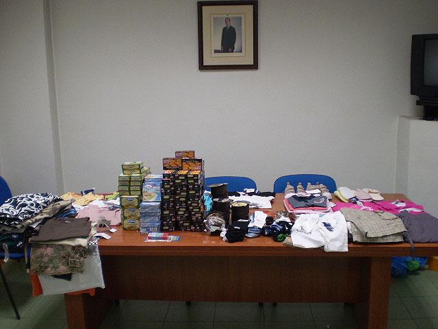 La Policía Local detiene a una banda de presuntos ladrones tras la denuncia de un robo en un supermercado del municipio, Foto 1