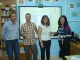 El AMPA del colegio Fulgencio Ruiz entrega al centro una pizarra interactiva