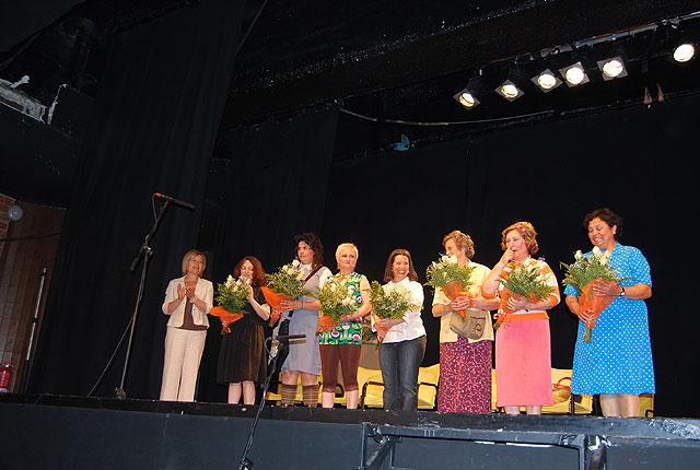 Los Mayores de la localidad disfrutaron con el inicio de la celebración de su semana, Foto 5